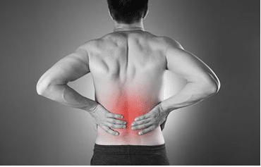 Darstellung von Schmerzen im Rückenbereich nach Golf